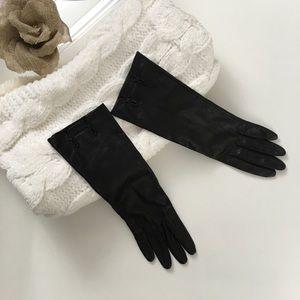 Vintage black buttery soft leather gloves size 6.5